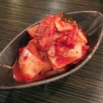 東京焼肉 - 白菜キムチ