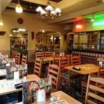 エルトリート - EL TORITO 西葛西店 オープン厨房が望める店内