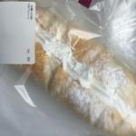 ブレッドファクトリー  - 料理写真:ミルクフレッシュ