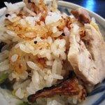 志津香 - 料理写真:奈良特産「大和肉鶏 釜めし」1,155円