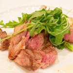 カノビアーノ - メインはオーストラリア産仔羊背肉のグリル