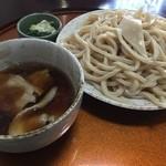 三丁目の手打うどん - 肉つけ麺(並盛)