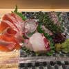 日本料理 江戸前鮨 まほとら - 料理写真:サーモンがトロけそうなくらい美味。