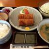 恵庭屋 - 料理写真:ヒレとんかつ定食