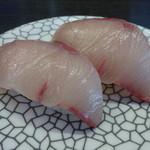 くろしお回転寿司 - 活はまち切りたて!100円(税別)