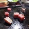 能登 - 料理写真:鮪のサイコロステーキ