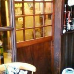 万巽 - 入り口の扉