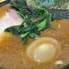 ラーメン環2家 - 料理写真:チャーシュー麺と味玉ヽ(゚◇゚ )ノ
