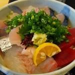 47137539 - 海鮮丼