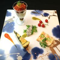 春夏秋冬の季節を感じさせるお料理をご堪能下さい。