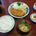 つかさ - ロースカツ定食B(800円)