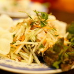 KHANHのベトナムキッチン 銀座999 - 2016.2 ゴイ ドゥー ドゥー ガー(920円)青いパパイヤのサラダ