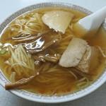 新京亭 - 中華そば 650円