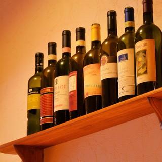 豊富な種類のワインをご用意しています♪