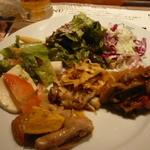 バッカーナ - ブラジルの家庭料理も食べ放題。サラダはシェラスコに必須!!