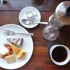 ガトー・ファヴォリ - 料理写真:お茶と3種類のお菓子のセット