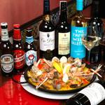葡萄酒キッチンバルCasares - 魚介のパエリア(ディナー時のみ)