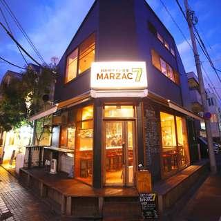 目黒川沿いの一軒家レストラン。週末は朝4時まで営業中。