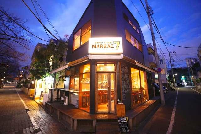 https://tabelog.ssl.k-img.com/restaurant/images/Rvw/47216/640x640_rect_47216001.jpg