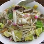 三淑園 - 皿うどん(850円)※あげ麺(うかつにも麺の写真を撮り忘れました。ネットで「花見川 ちゃんぽん」で検索すると個人ブログで写真をアップされている方がいらっしゃいます)