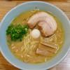 ラーメン 多弐家 - 料理写真:醤油ラーメン(太麺)