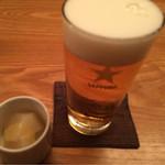 蕎麦屋 山都 - 生ビールとつきだし