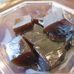 浜田屋菓子舗 - 料理写真:コーヒーわらび餅アップ