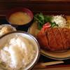 とんかつとんじん - 料理写真:特製ロースかつ定食@1,800円