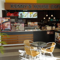 ケニーズハウスカフェ -