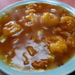 萬来軒 - 海老は六尾、やや甘い味付けになります