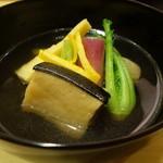 鮨 美菜月 - ☆煮物椀は…自家製のコロ(*^。^*)☆