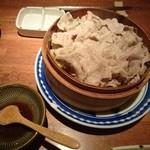 カムカム - 茶美豚しゃぶしゃぶ肉のせいろ蒸し