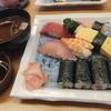 初寿司 - 料理写真:寿司コース(並)・赤だし