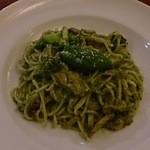 モッチモパスタ - チキンとブロッコリーのバジルソース