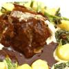 Dobro - 料理写真:牛ホホ肉の赤ワイン煮込み もちもちニョッキ添え