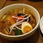 スパイスカフェ ベロデカ - 黒旨スープとろトン煮込み2番レギュラーライス+ウィンナートッピング 1250円