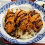 47442709 - カキフライ丼(定食)