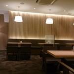 神戸風月堂カフェ - 店内は落ち着く空間ですよ