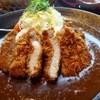 古賀サービスエリア上り線・那の里 - 料理写真:◆主人は「4元豚のカツカレー(1274円:税込) ビジュアルもいいですが、カツはサクッと揚がり美味しいそう。 ルーも程よい辛味で好みだったそうですよ。