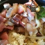 かねまつ - 海鮮丼 [大] ②