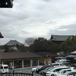 47489827 - 店内から、東大寺の屋根がみえました!