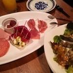 ワンサカンサ - 前菜とサラダ