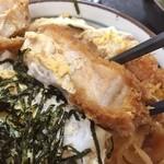 食創庵 - かつ丼の分厚い肉