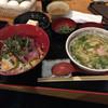 魚人 - 料理写真:海鮮丼ランチ  850円