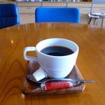 47539900 - コーヒー(500円)ロータスのカラメルビスケットが付いてきた!!