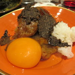 鳥茂 - 和牛サーロインのすき焼き、黒トリュフがけ