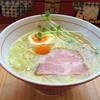 ホット・エアー・コーポレーション - 料理写真:しおラーメン(800円)