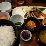 伊右衛門サロン - (2015/12月)「IYEMONの朝ごはん」と生玉子