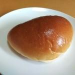 宮の森パン工房 - 自家製クリームパン