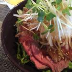じょ庵 - 料理写真:和風ローストビーフ丼